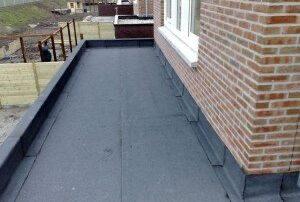 bitumeuze dakbedekking aanbouw