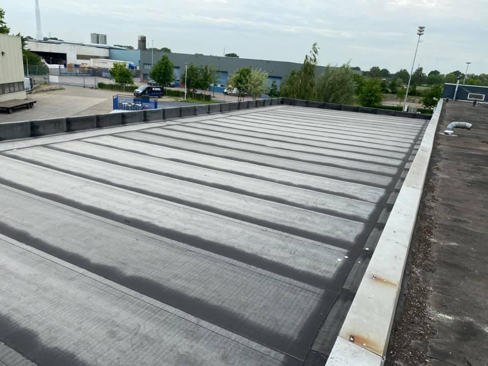 bitumen dakbedekking, aanbouw