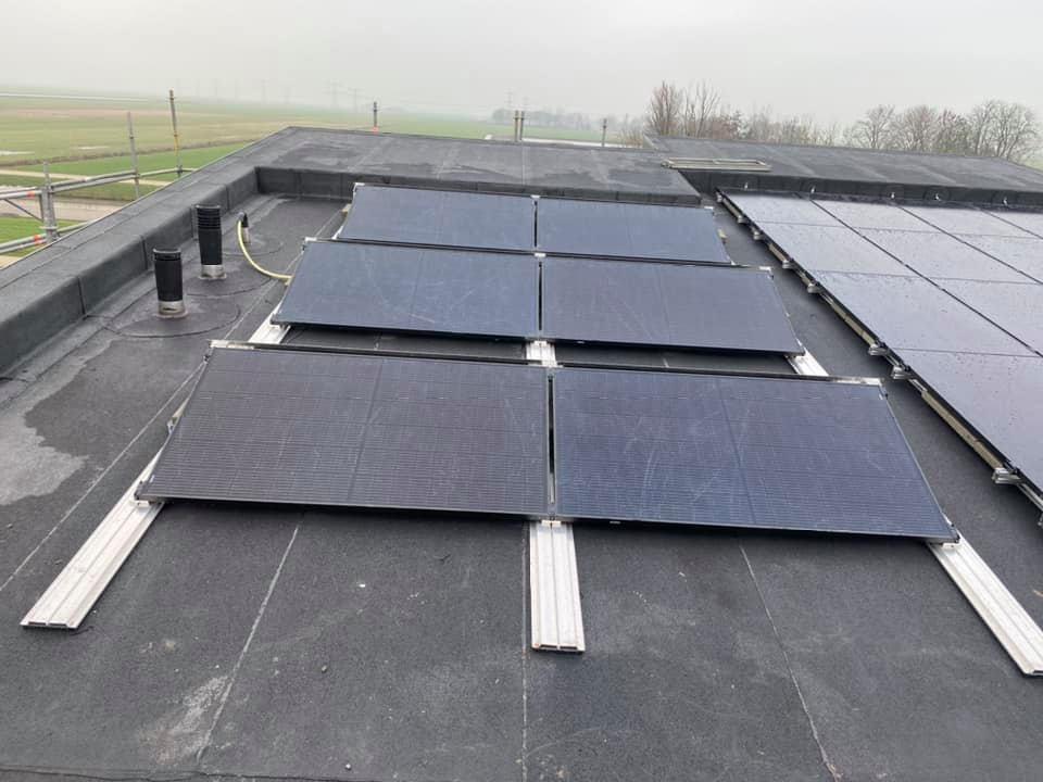 dakbedekking, zonnepanelen,